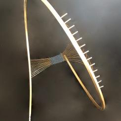 De fil, laiton et fil de lin. 30x30x10cm. 2017